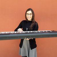 Jordana Delgado Music Lessons logo